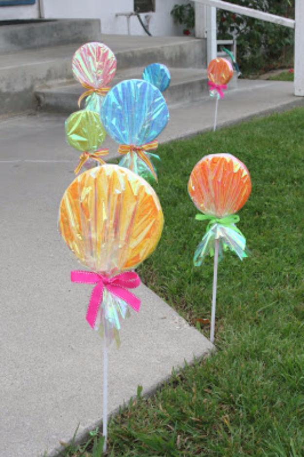 39 Easy DIY Party Decorations - Giant Lollipop Decorations - Quick And Cheap Party Decors, Easy Ideas For DIY Party Decor, Birthday Decorations, Budget Do It Yourself Party Decorations #diyparties #party #partydecor #parties