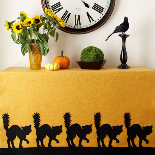 DIY Halloween Decorations - Hair Raising Table Cloth - Best Easy, Cheap and Quick Halloween Decor Ideas and Crafts for Inside and Outside Your Home - Scary, Creepy Cute and Fun Outdoor Project Tutorials http://diyjoy.com/cheap-diy-halloween-decorations