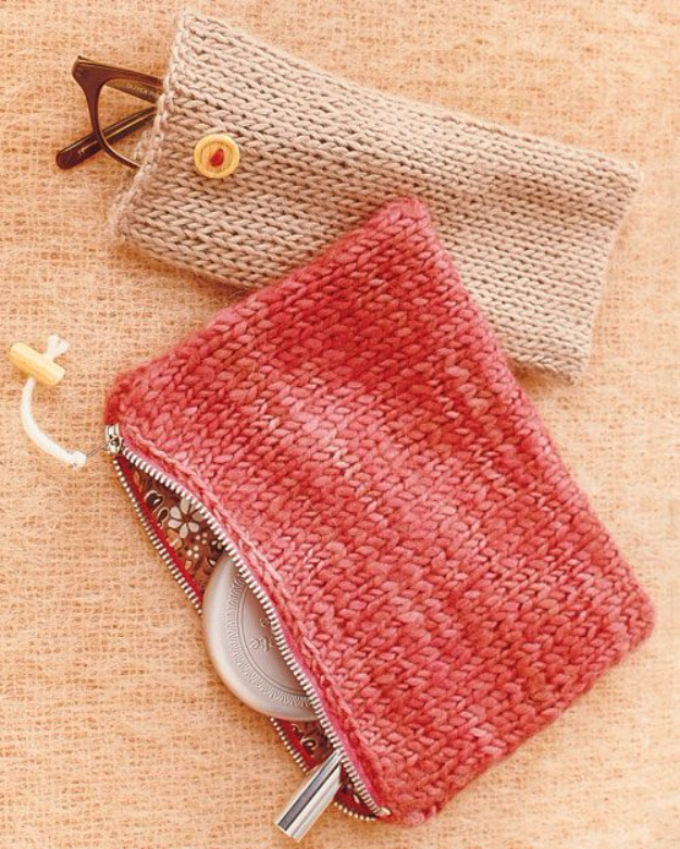 32 Easy Knitted Gifts - Knit Pouches - Last Minute Knitted Gifts, Best Knitted Gifts For Anyone, Easy Knitted Gifts To Make, Knitted Gifts For Friends, Easy Knitting Patterns For Beginners, Quick Knitting Ideas #knitting #gifts #diygifts