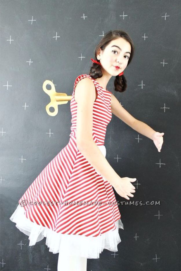 Best DIY Halloween Costume Ideas - Last Minute DIY Wind Doll Costume - Do It Yourself Costumes for Women, Men, Teens, Adults and Couples. Fun, Easy, Clever, Cheap and Creative Costumes That Will Win The Contest