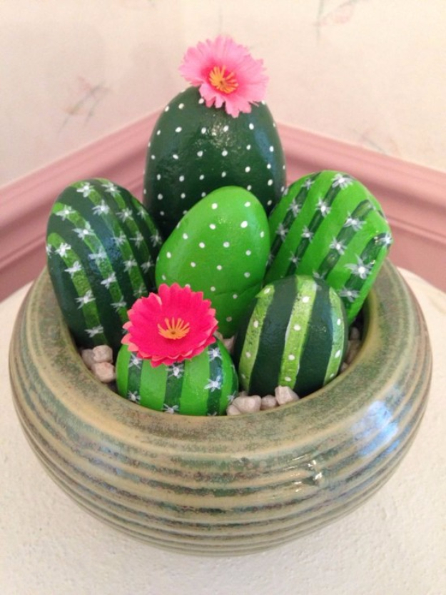 42 DIY Room Decor for Girls - Painted Cactus Rocks - Awesome Do It Yourself Room Decor For Girls, Room Decorating Ideas, Creative Room Decor For Girls, Bedroom Accessories, Cute Room Decor For Girls