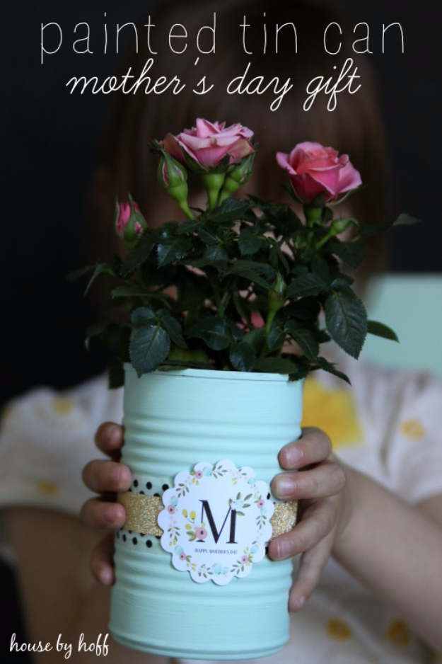 DIY Gifts for Mom - Painted Tin Can - Best Craft Projects and Gift Ideas You Can Make for Your Mother - Last Minute Presents for Birthday and Christmas - Creative Photo Projects, Bath Ideas, Gift Baskets and Thoughtful Things to Give Mothers and Moms #diygifts #giftsformom