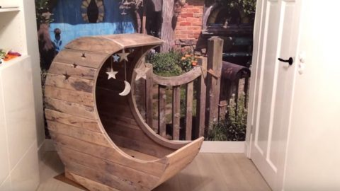 He Makes A Really Unique Pallet Half Moon Cradle For A Starry Night! | DIY Joy Projects and Crafts Ideas
