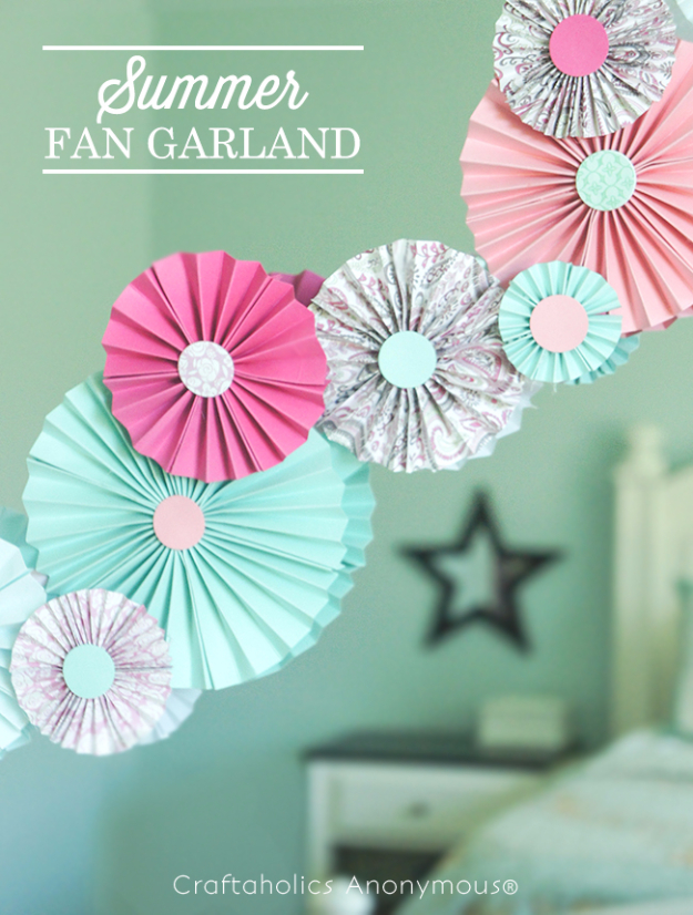 39 Easy DIY Party Decorations - Paper Fan Garland - Quick And Cheap Party Decors, Easy Ideas For DIY Party Decor, Birthday Decorations, Budget Do It Yourself Party Decorations http://diyjoy.com/easy-diy-party-decorations