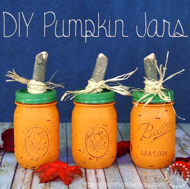 Best Mason Jar Crafts for Fall - Rustic Pumpkin Mason Jars - DIY Mason Jar Ideas for Centerpieces, Wedding Decorations, Homemade Gifts, Craft Projects with Leaves, Flowers and Burlap, Painted Art, Candles and Luminaries for Cool Home Decor