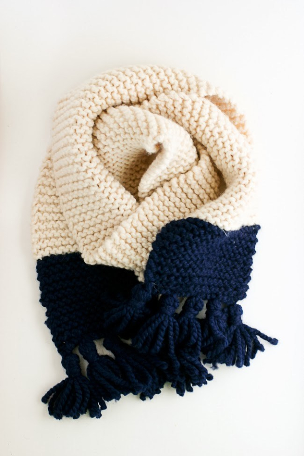 32 Easy Knitted Gifts - Tasseled Garter Stitch Color Block Scarf - Last Minute Knitted Gifts, Best Knitted Gifts For Anyone, Easy Knitted Gifts To Make, Knitted Gifts For Friends, Easy Knitting Patterns For Beginners, Quick And Easy Knitted Gifts http://diyjoy.com/easy-knitted-gifts