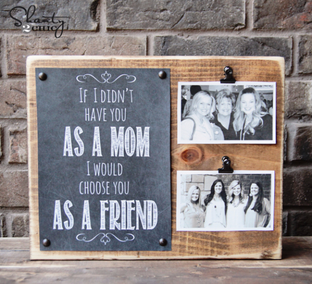 DIY Gifts for Mom - Wood Photo Holder - Best Craft Projects and Gift Ideas You Can Make for Your Mother - Last Minute Presents for Birthday and Christmas - Creative Photo Projects, Bath Ideas, Gift Baskets and Thoughtful Things to Give Mothers and Moms #diygifts #giftsformom