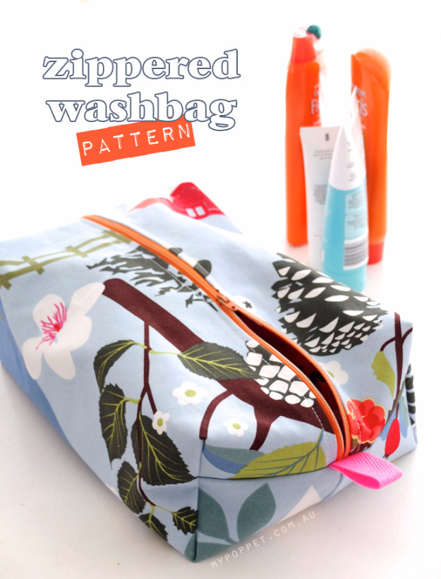 DIY Gifts for Mom - Zippered Makeup Bag Tutorial - Best Craft Projects and Gift Ideas You Can Make for Your Mother - Last Minute Presents for Birthday and Christmas - Creative Photo Projects, Bath Ideas, Gift Baskets and Thoughtful Things to Give Mothers and Moms