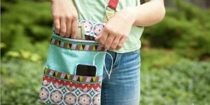 She Makes This Awesome Zippered Crossbody Bag That's So Cool For Travel!