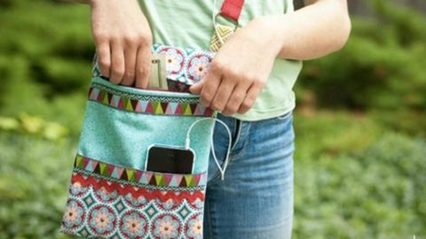 How to Make A Zippered Crossbody Bag | DIY Joy Projects and Crafts Ideas