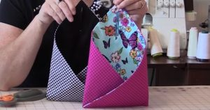 Sewing Tutorial : Over The Doorknob Pouches