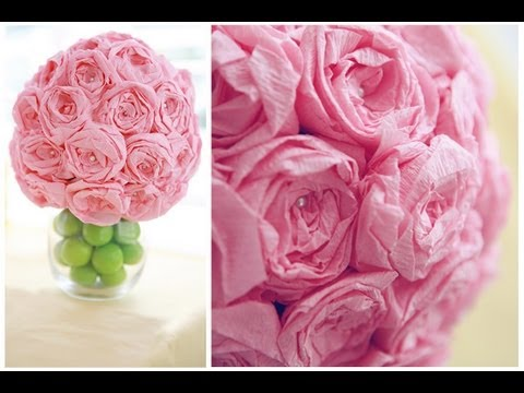 39 Easy DIY Party Decorations - DIY Kissing Ball - Quick And Cheap Party Decors, Easy Ideas For DIY Party Decor, Birthday Decorations, Budget Do It Yourself Party Decorations #diyparties #party #partydecor #parties