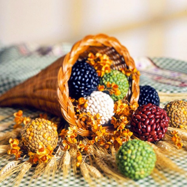DIY Thanksgiving Decor Ideas - Abundance Seed Balls - Fall Projects and Crafts for Thanksgiving Dinner Centerpieces, Vases, Arrangements With Leaves and Pumpkins - Easy and Cheap Crafts to Make for Home Decor #diy