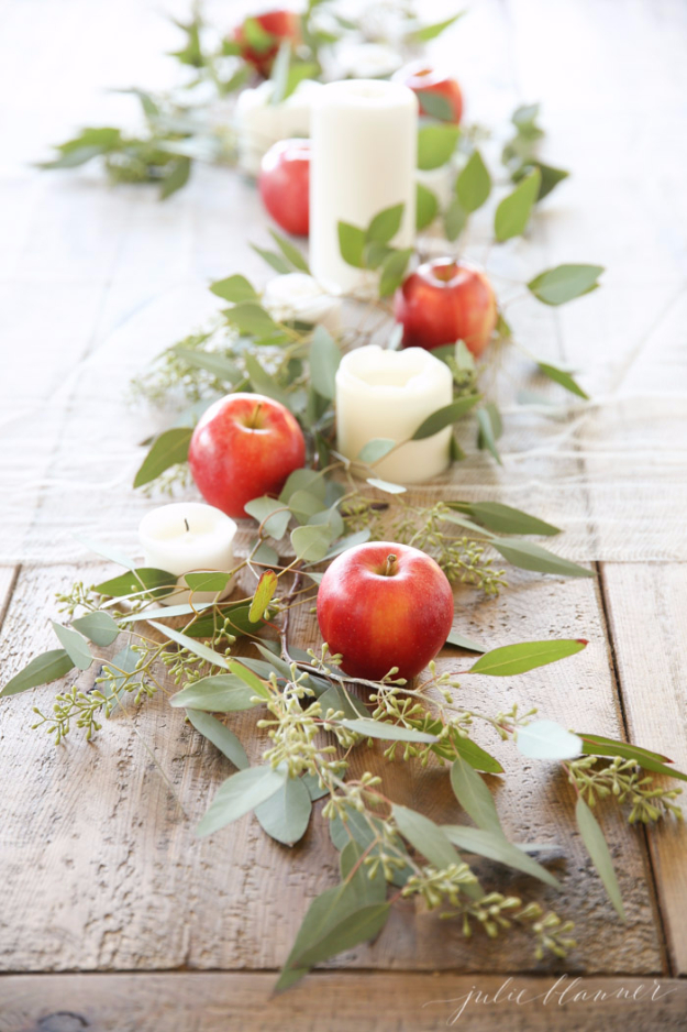 Best Thanksgiving Centerpieces and Table Decor - Apples And Eucalyptus Centerpiece - Creative Crafts for Your Thanksgiving Dinner Table. Mason Jars, Flowers, Leaves, Candles, Pumpkin Ideas #thanksgiving #diy