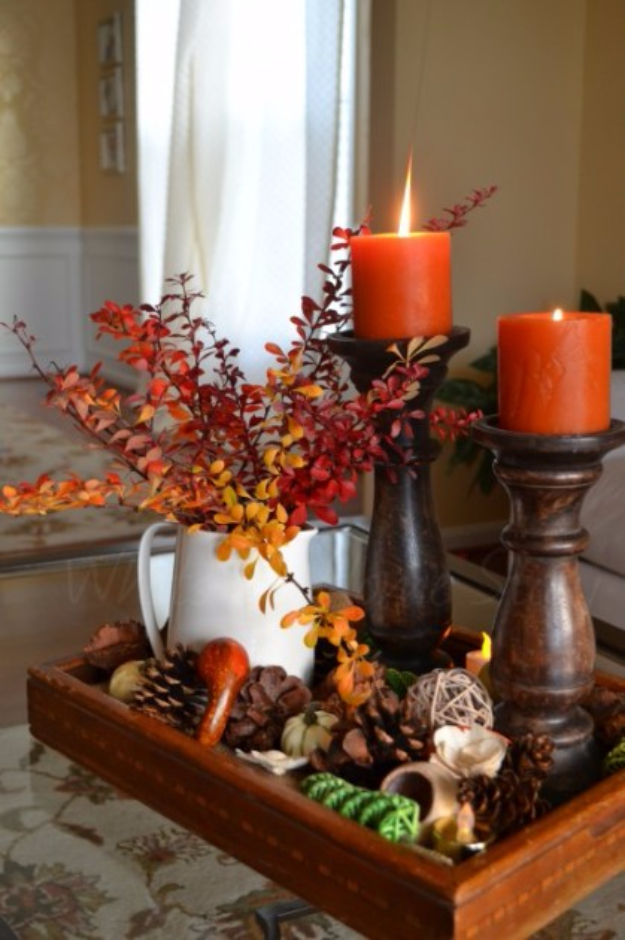 Best Thanksgiving Centerpieces and Table Decor - Beautiful Thanksgiving Centerpiece - Creative Crafts for Your Thanksgiving Dinner Table. Mason Jars, Flowers, Leaves, Candles, Pumpkin Ideas #thanksgiving #diy