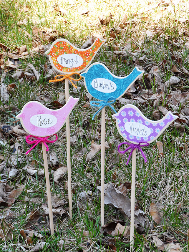 Crafts For Kids To Make At Home - Birdy Flower Markers - Cheap DIY Projects and Fun Craft Ideas for Children - Cute Paper Crafts, Fall and Winter Fun, Things For Toddlers, Babies, Boys and Girls to Make At Home http://diyjoy.com/diy-ideas-for-kids-to-make
