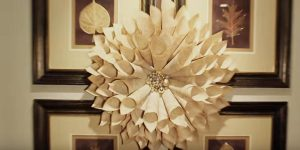 She Makes This Incredibly Beautiful Dahlia Wreath Out Of A $2 Book (Watch!)