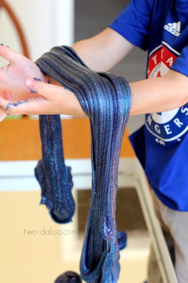 Crafts For Kids To Make At Home - Borax Free Galaxy Slime - Cheap DIY Projects and Fun Craft Ideas for Children - Cute Paper Crafts, Fall and Winter Fun, Things For Toddlers, Babies, Boys and Girls #kidscrafts #crafts #kids