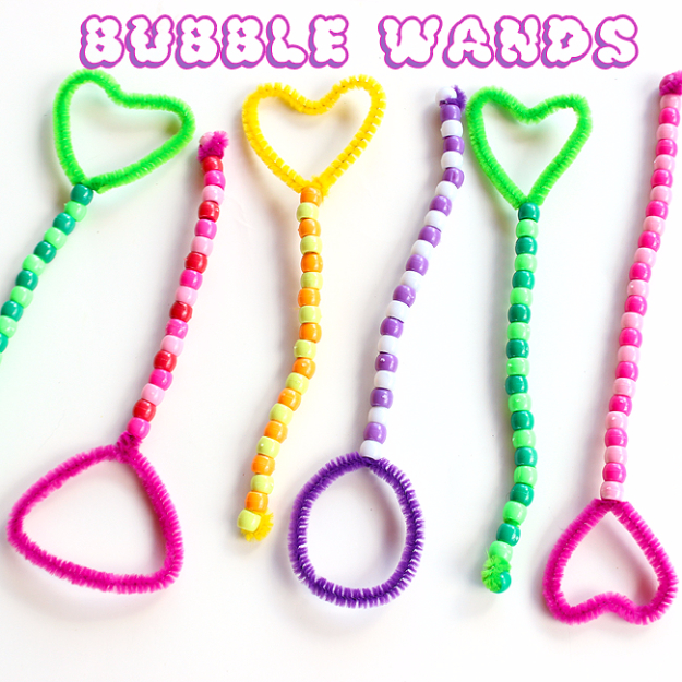 Crafts For Kids To Make At Home - Bubble Wands - Cheap DIY Projects and Fun Craft Ideas for Children - Cute Paper Crafts, Fall and Winter Fun, Things For Toddlers, Babies, Boys and Girls #kidscrafts #crafts #kids