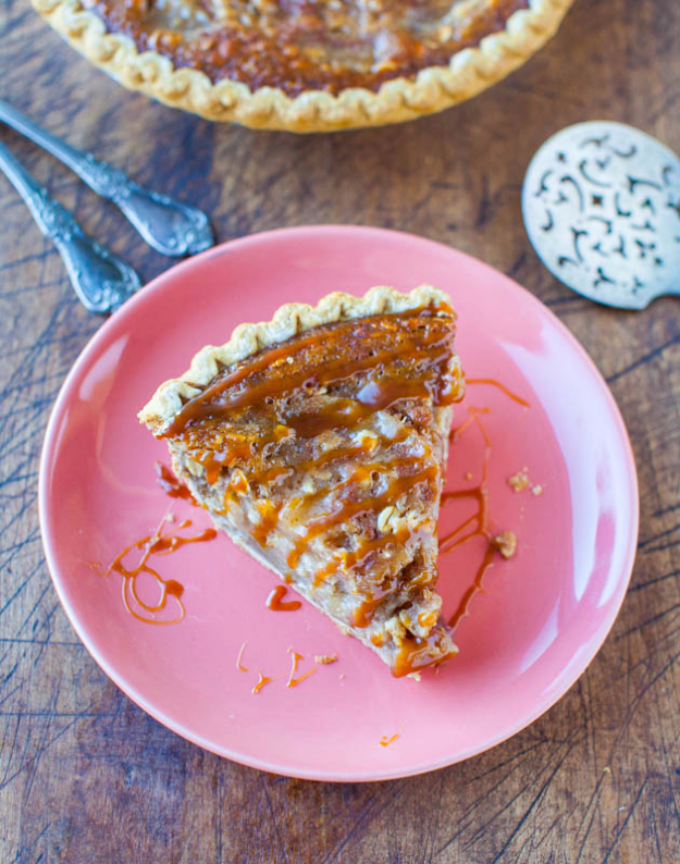 Best Pie Recipes - Caramel Apple Crumble Pie - Easy Pie Recipes From Scratch for Pecan, Apple, Banana, Pumpkin, Fruit, Peach and Chocolate Pies. Yummy Graham Cracker Crusts and Homemade Meringue - Thanksgiving and Christmas Pies and Mason Jar Pie Recipes http://diyjoy.com/best-pie-recipes
