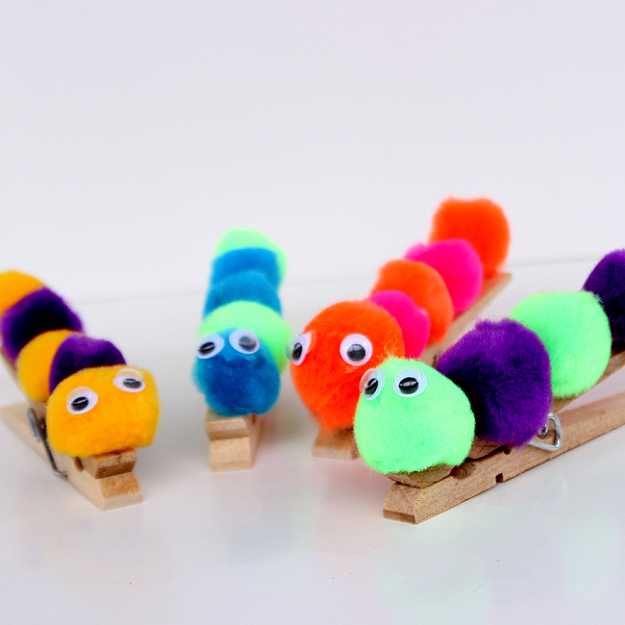 Crafts For Kids To Make At Home - Caterpillar Craft - Cheap DIY Projects and Fun Craft Ideas for Children - Cute Paper Crafts, Fall and Winter Fun, Things For Toddlers, Babies, Boys and Girls #kidscrafts #crafts #kids