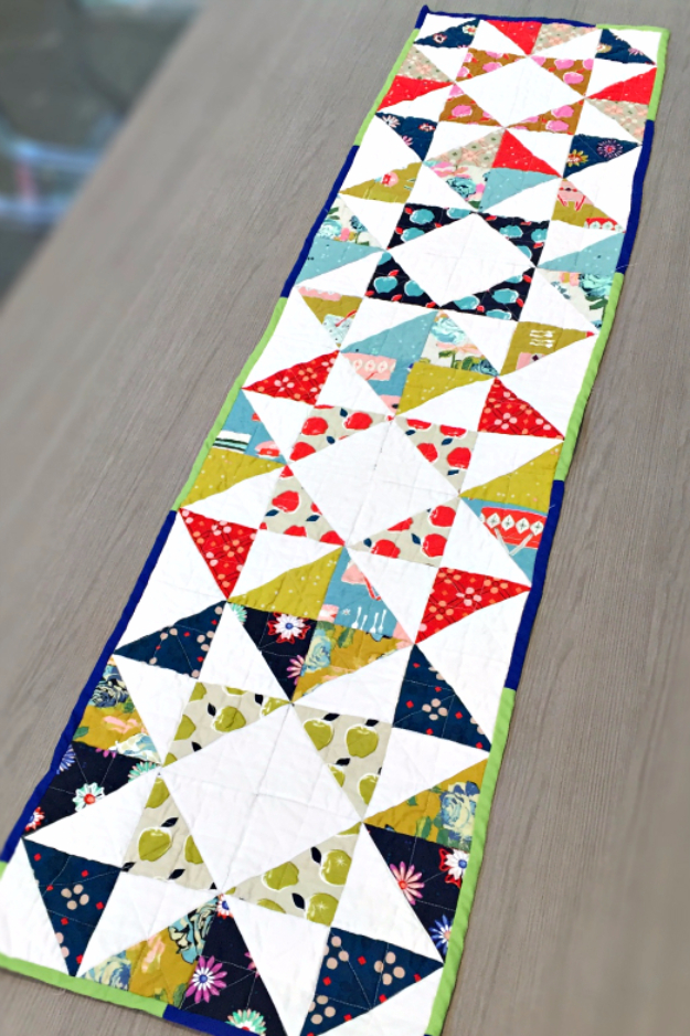 Best Quilting Projects for DIY Gifts -Contemporary Table Runner - Things You Can Quilt and Sew for Friends, Family and Christmas Gift Ideas - Easy and Quick Quilting Patterns for Presents To Give At Holidays, Birthdays and Baby Gifts. Step by Step Tutorials and Instructions http://diyjoy.com/quilting-projects-diy-gifts