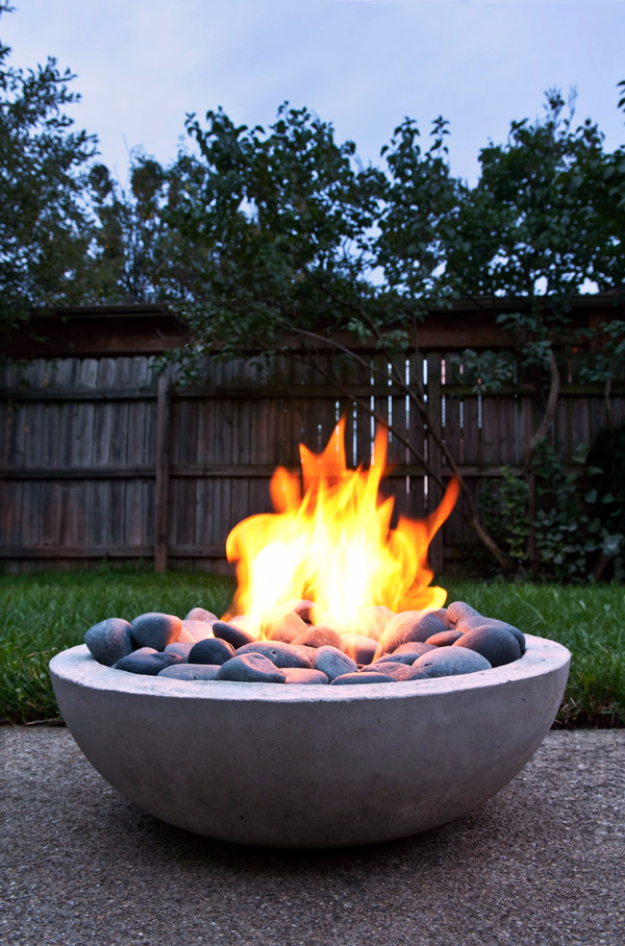DIY Fireplace Ideas - DIY Modern Concrete Firepit - Do It Yourself Firepit Projects and Fireplaces for Your Yard, Patio, Porch and Home. Outdoor Fire Pit Tutorials for Backyard with Easy Step by Step Tutorials - Cool DIY Projects for Men and Women http://diyjoy.com/diy-fireplace-ideas