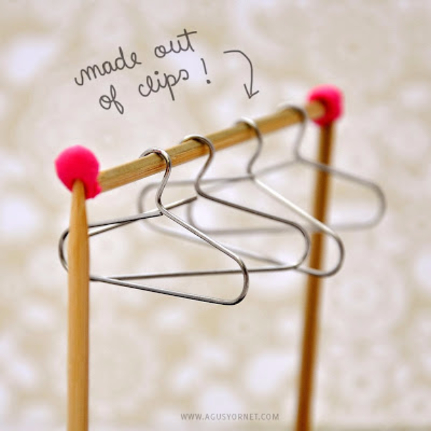Crafts For Kids To Make At Home - DIY Paper Clips To Mini Hangers - Cheap DIY Projects and Fun Craft Ideas for Children - Cute Paper Crafts, Fall and Winter Fun, Things For Toddlers, Babies, Boys and Girls #kidscrafts #crafts #kids