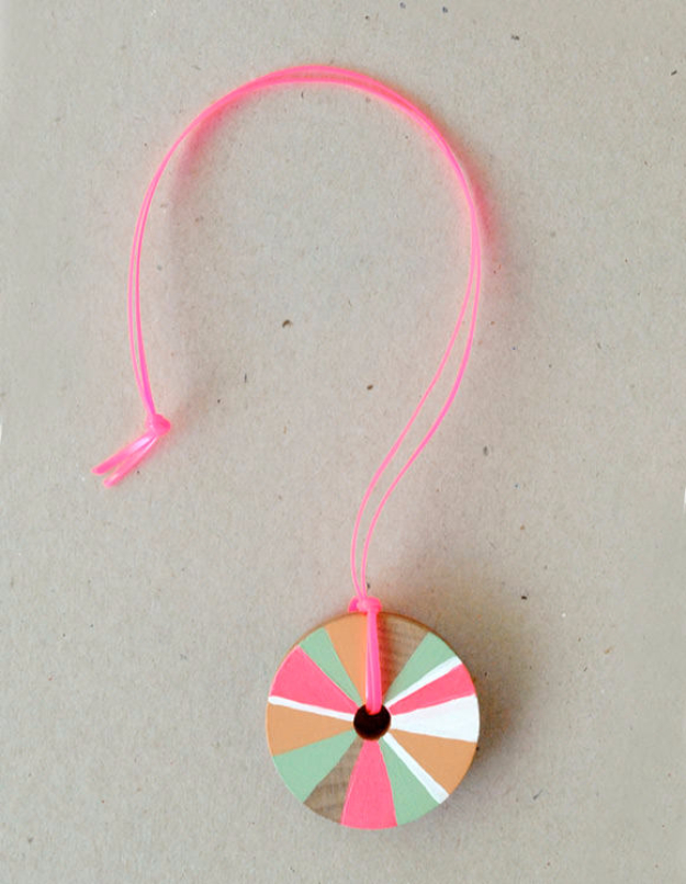 Crafts For Kids To Make At Home - DIY Pinwheel Necklace - Cheap DIY Projects and Fun Craft Ideas for Children - Cute Paper Crafts, Fall and Winter Fun, Things For Toddlers, Babies, Boys and Girls #kidscrafts #crafts #kids