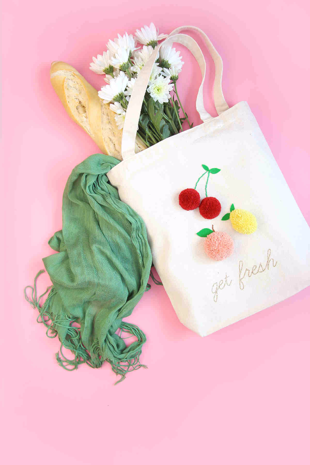 Creative DIY Gifts for Girls Tweens - DIY Pom Pom Market Tote - Cute Crafts and DIY Projects that Make Cool DYI Gift Ideas for Young and Older Girls, Teens and Teenagers - Awesome Room and Home Decor for Bedroom, Fashion, Jewelry and Hair Accessories - Cheap Craft Projects To Make For a Girl -DIY Christmas Presents for Tweens #diygifts #girlsgifts