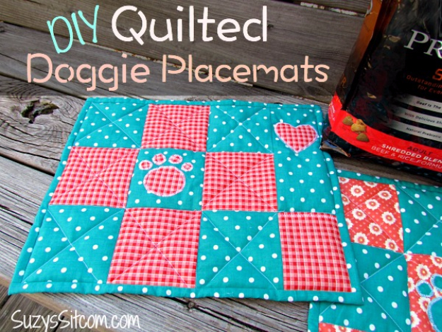 Best Quilting Projects for DIY Gifts - DIY Quilted Doggie Placemats - Things You Can Quilt and Sew for Friends, Family and Christmas Gift Ideas - Easy and Quick Quilting Patterns for Presents To Give At Holidays, Birthdays and Baby Gifts. Step by Step Tutorials and Instructions