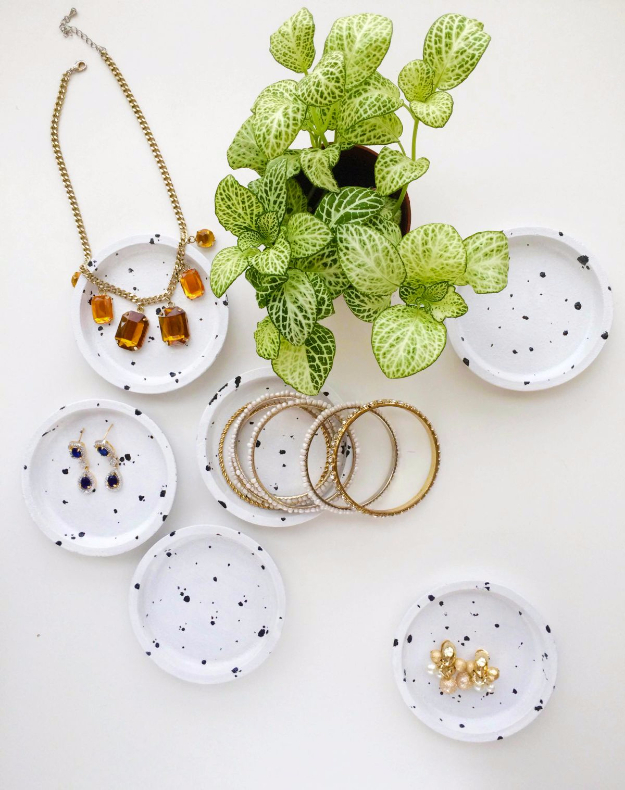 Best IKEA Hacks and DIY Hack Ideas for Furniture Projects and Home Decor from IKEA - DIY Speckled Jewelry Dish from Coasters - Creative IKEA Hack Tutorials for DIY Platform Bed, Desk, Vanity, Dresser, Coffee Table, Storage and Kitchen, Bedroom and Bathroom Decor http://diyjoy.com/best-ikea-hacks