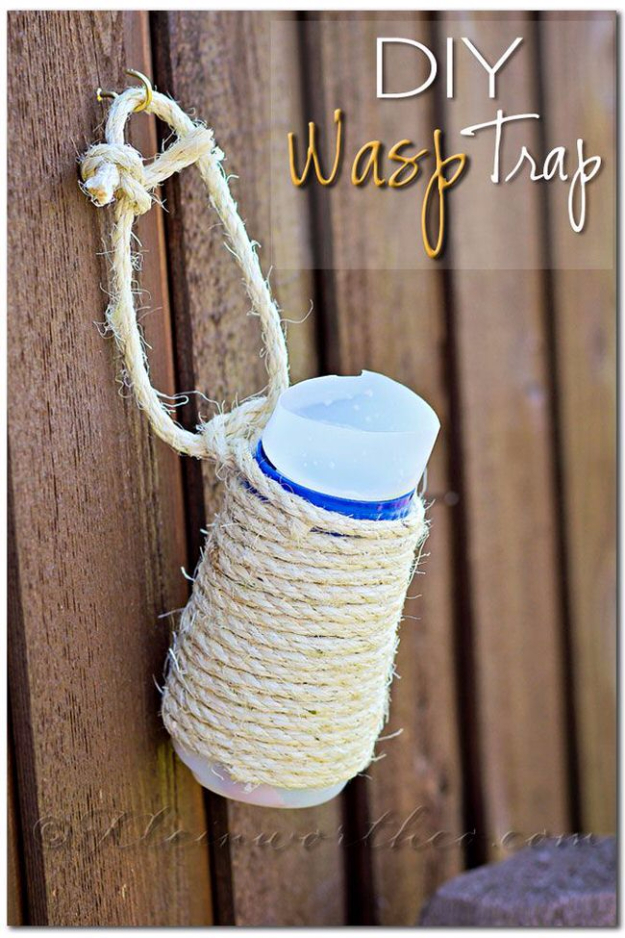 DIY Landscaping Hacks - DIY Wasp Trap - Easy Ways to Make Your Yard and Home Look Awesome in Fall, Winter, Spring and Fall. Backyard Projects for Beginning Gardeners and Lawns - Tutorials and Step by Step Instructions