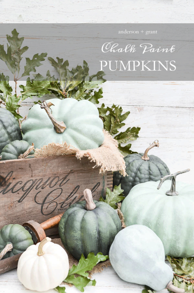 DIY Thanksgiving Decor Ideas - Dry Brushed Chalk Painted Pumpkins - Fall Projects and Crafts for Thanksgiving Dinner Centerpieces, Vases, Arrangements With Leaves and Pumpkins - Easy and Cheap Crafts to Make for Home Decor #diy