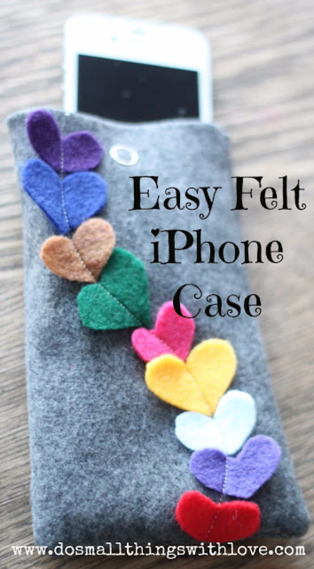 DIY Gifts To Sew For Friends - Easy Felt iPhone Case - Quick and Easy Sewing Projects and Free Patterns for Best Gift Ideas and Presents - Creative Step by Step Tutorials for Beginners - Cute Home Decor, Accessories, Kitchen Crafts and DIY Fashion Ideas #diy #crafts #sewing