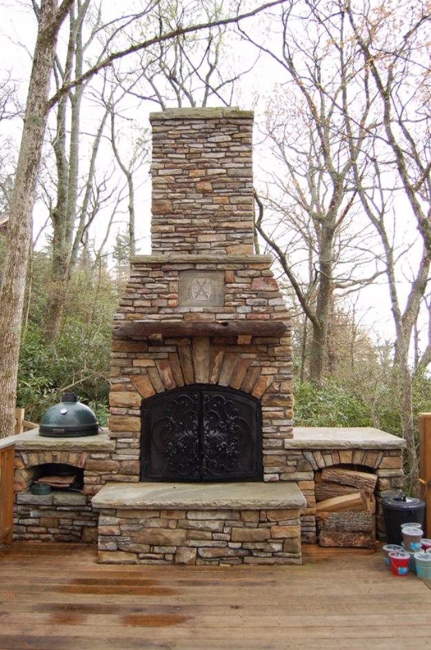 DIY Fireplace Ideas - Easy Outdoor Fireplace - Do It Yourself Firepit Projects and Fireplaces for Your Yard, Patio, Porch and Home. Outdoor Fire Pit Tutorials for Backyard with Easy Step by Step Tutorials - Cool DIY Projects for Men #diyideas #outdoors #diy