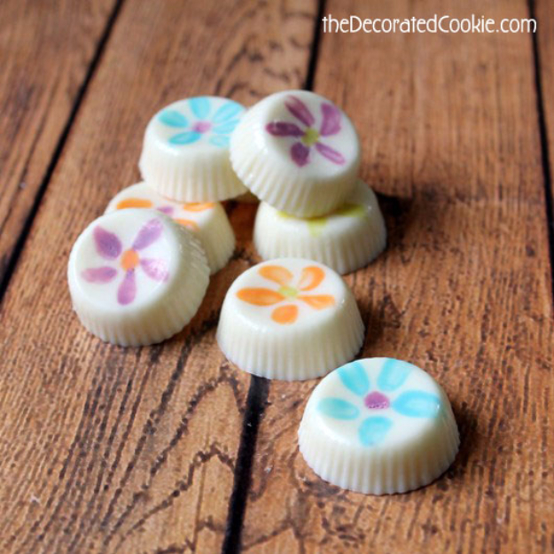 Crafts For Kids To Make At Home - Flower Painted Chocolates - Cheap DIY Projects and Fun Craft Ideas for Children - Cute Paper Crafts, Fall and Winter Fun, Things For Toddlers, Babies, Boys and Girls #kidscrafts #crafts #kids