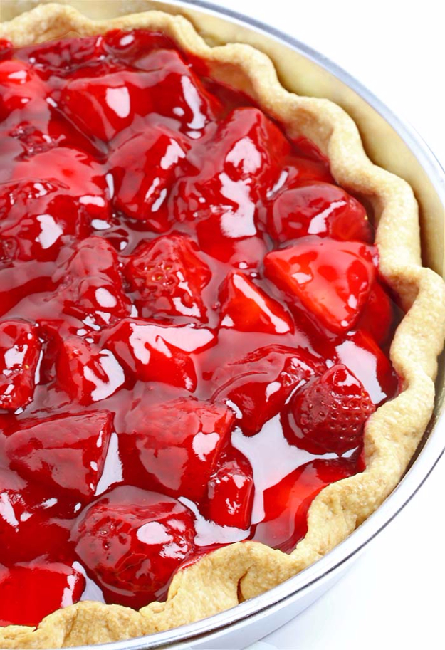 Best Pie Recipes - Fresh Strawberry Pie - Easy Pie Recipes From Scratch for Pecan, Apple, Banana, Pumpkin, Fruit, Peach and Chocolate Pies. Yummy Graham Cracker Crusts and Homemade Meringue #recipes #dessert