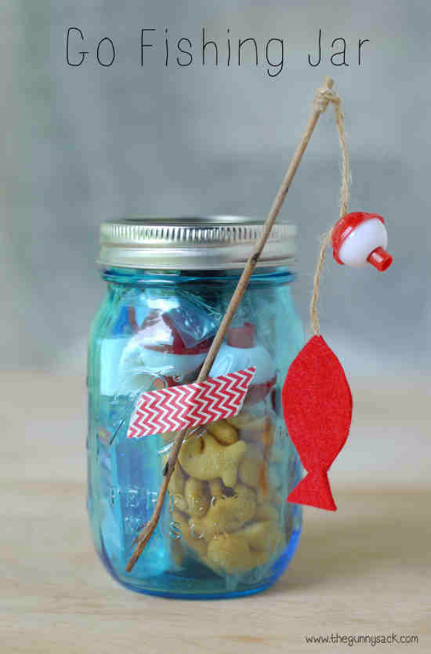 Best DIY Gifts in Mason Jars - Go Fishing Mason Jar Gift - Cute Mason Jar Crafts and Recipe Ideas that Make Great DIY Christmas Presents for Friends and Family - Gifts for Her, Him, Mom and Dad - Gifts in A Jar #diygifts #christmas