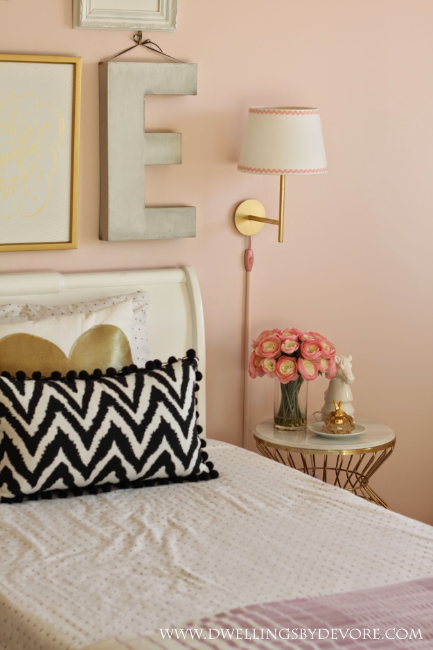 Best IKEA Hacks and DIY Hack Ideas for Furniture Projects and Home Decor from IKEA - IKEA Rodd Wall Sconce Hack - Creative IKEA Hack Tutorials for DIY Platform Bed, Desk, Vanity, Dresser, Coffee Table, Storage and Kitchen, Bedroom and Bathroom Decor #ikeahacks #diy