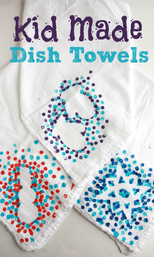 Crafts For Kids To Make At Home - Kid Made Dish Towels - Cheap DIY Projects and Fun Craft Ideas for Children - Cute Paper Crafts, Fall and Winter Fun, Things For Toddlers, Babies, Boys and Girls to Make At Home http://diyjoy.com/diy-ideas-for-kids-to-make