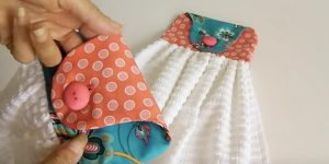 Sewing Tutorial: Kitchen Towels With Button Loop Hook