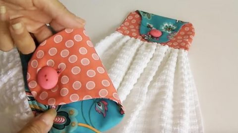 Sewing Tutorial: Kitchen Towels With Button Loop Hook | DIY Joy Projects and Crafts Ideas