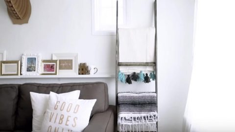 She Builds A Ladder To Hold The Awesome Blanket She Also Shows You How To Make (Watch!) | DIY Joy Projects and Crafts Ideas