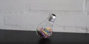 He Shows Us How To Make 5 Awesome DIY Light Bulb Projects…