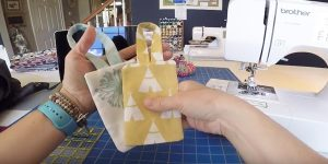 Sewing Tutorial : Luggage Tags