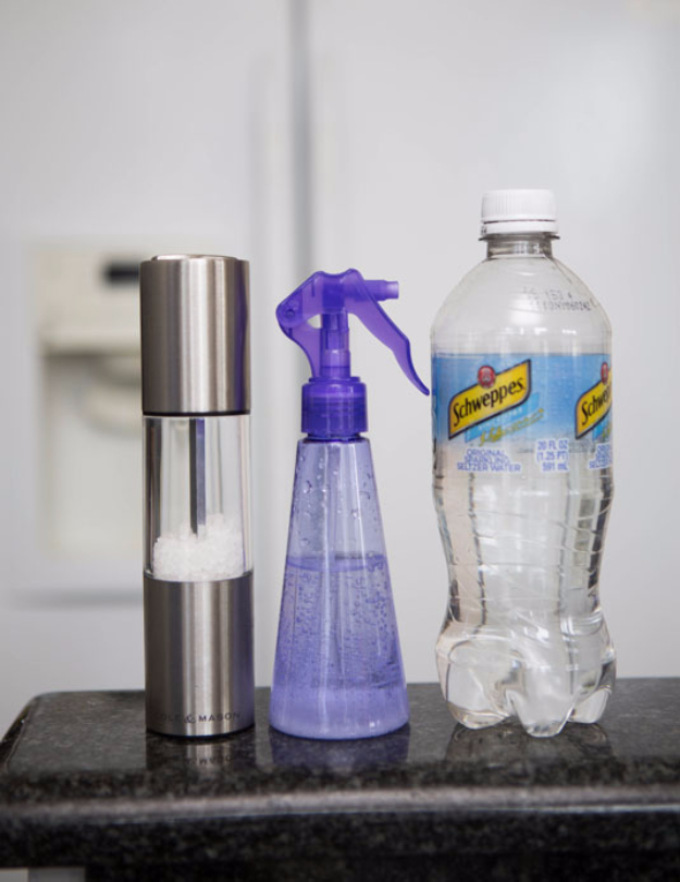 DIY Beauty Hacks - Make Your Own Salt Spray With Seltzer And Rock Salt - Cool Tips for Makeup, Hair and Nails - Step by Step Tutorials for Fixing Broken Makeup, Eye Shadow, Mascara, Foundation - Quick Beauty Ideas for Best Looks in A Hurry #beautyhacks #makeup