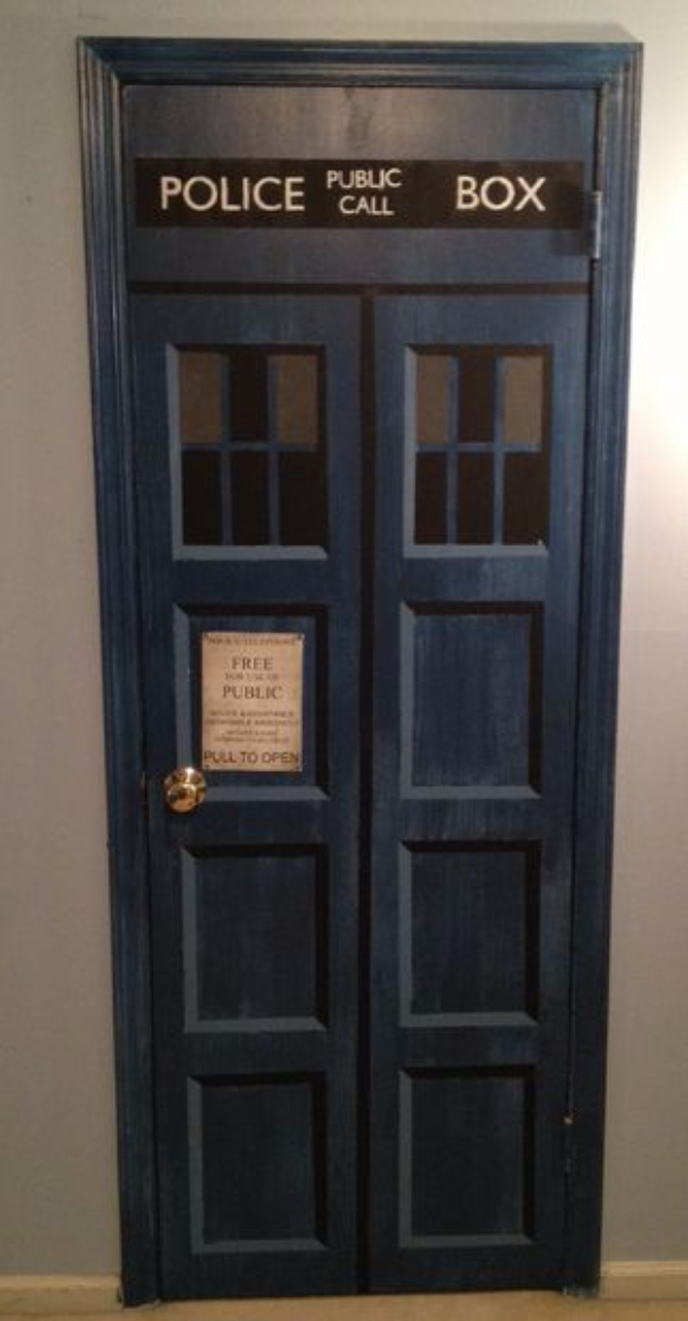 DIY Room Decor for Boys - Make Your Own Tardis Door - Best Creative Bedroom Ideas for Boy Rooms - Wall Art, Lamps, Rugs, Lamps, Beds, Bedding and Furniture You Can Make for Teens, Tweens and Teenagers #diy #homedecor #boys