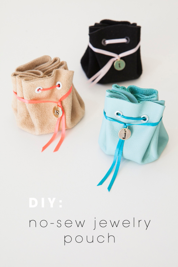 Easy DIY Gifts for Girls - No Sew Jewelry Pouch - Cute Crafts and DIY Projects that Make Cool DYI Gift Ideas for Young and Older Girls, Teens and Teenagers - Awesome Room and Home Decor for Bedroom, Fashion, Jewelry and Hair Accessories - Cheap Craft Projects To Make For a Girl -DIY Christmas Presents for Tweens #diygifts #girlsgifts