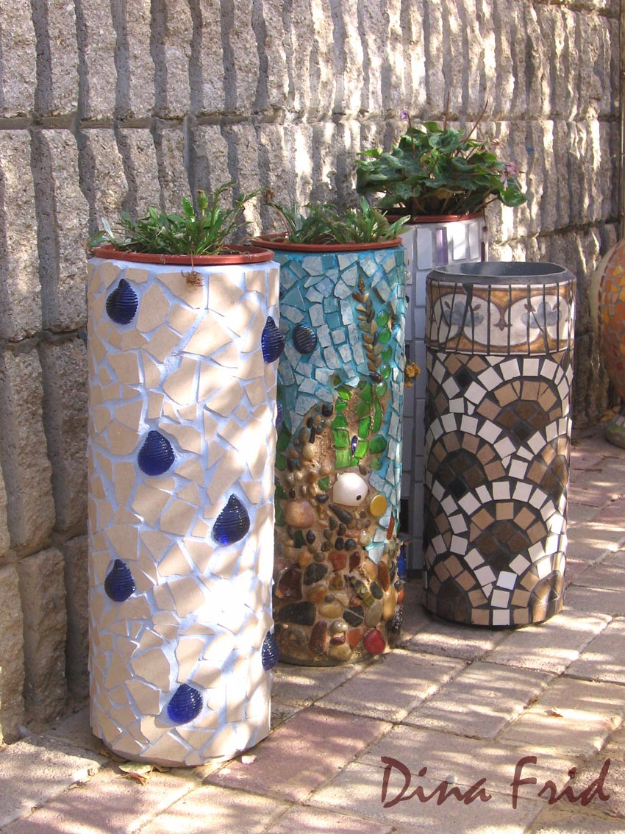 DIY Projects Made With Broken Tile - PVC Pipe Planter - Best Creative Crafts, Easy DYI Projects You Can Make With Tiles - Mosaic Patterns and Crafty DIY Home Decor Ideas That Make Awesome DIY Gifts and Christmas Presents for Friends and Family